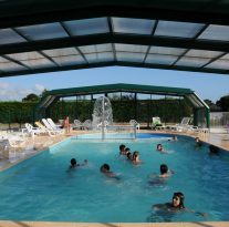 Camping De Keranterec : Copie De Kérantérec 09 Piscine Couverte 026 Photo Y.r Caoudal Quimper France