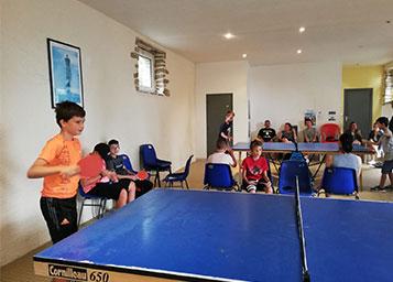 Camping De Keranterec : Terrain De Ping Pong